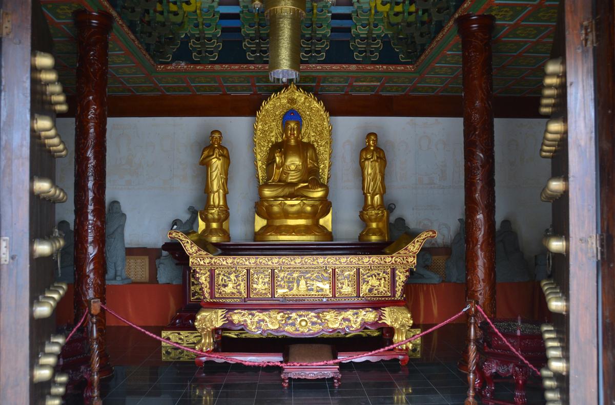 3. Буддийский храм.